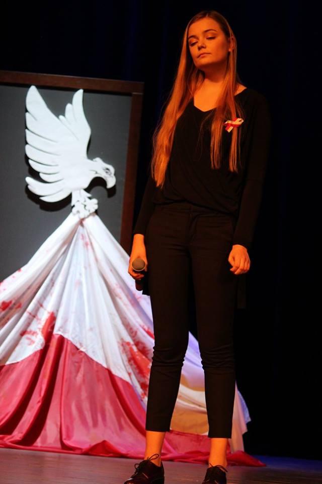 Fotorelacja z Patriotycznego śpiewania na 11 listopada_17